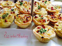 Zwiebelkuchen in der Muffinform, ein tolles Rezept aus der Kategorie Tarte/Quiche. Bewertungen: 12. Durchschnitt: Ø 4,4.