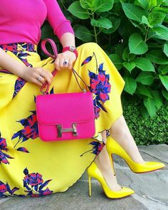 Trendy High Heels For Ladies : Punk n yellow bright n pretty Jw Fashion, Modest Fashion, Fashion Outfits, Womens Fashion, Fashion Trends, Dress Fashion, Colour Combinations Fashion, Color Combinations For Clothes, Color Blocking Outfits