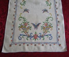Vintage Table Runner Beautiful Embroidered Butterflies And