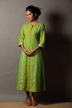Kilipacha` Button-down Dress Modest Wear, Modest Outfits, Different Types Of Dresses, Kurta Style, Simple Kurti Designs, Hand Work Blouse Design, Sari Dress, Indian Designer Outfits, Fancy Sarees