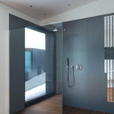 Eco Friendly Tiles - The UK's Large Format Super Thin Tile Specialists Interior Architecture, Interior Design, World Of Interiors, Tonne, Minimalist Interior, Energy Efficiency, Beautiful Homes, Eco Friendly, Flooring