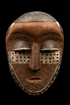 "Africa |  Face mask ""kindombolo"" from the Pende people of DR Congo 