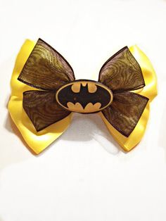 Handmade OOAK Batman bow. Probabaly one of the few bows i would evef wear!
