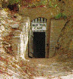 Hannibal, MO - Mark Twain cave - where Tom Sawyer once played
