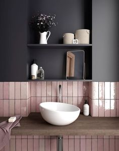 Australian bathroom trends: November 2018 edition - The Interiors Addict - - Australian bathroom trends: November 2018 edition – The Interiors Addict Lovely Bathroom Decor inspiration Grand Designs tiles Bathroom Trends, Bathroom Inspiration, Bathroom Decor, Pink Bathroom, Trendy Bathroom, Interior, Tile Design, House Interior, Pink Tiles