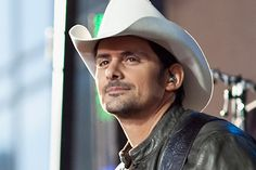 Brad Paisley Working on New Album in Reflects on Tragedy That Scarred Him Music Photographer, Jake Owen, Brad Paisley, Worlds Of Fun, Country Music, Album Covers, Celebrities, Cowgirls, Nashville