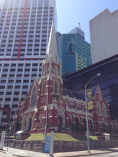 See 41 photos and 1 tip from 139 visitors to Albert Street Uniting Church. Sunshine State, Great Photos, Brisbane, Four Square, Australia, Street, Walkway
