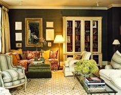 thefoodogatemyhomework:    Love how warm and textural the forest green grasscloth is in this lovely living room by Celerie Kemble.