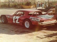 Old Race Cars, Dirt Track, Old School, Classic Cars, Monster Trucks, Racing, Vintage, Autos, Running