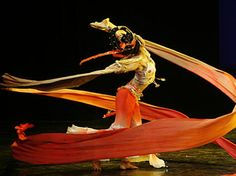 Google Image Result for http://arts.cultural-china.com/chinaWH/upload/upfiles/2009-05/27/dunhuang_dance2a233d335c9d73567759.jpg