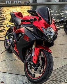 Bike Bmw, Suzuki Motorcycle, Motorcycle Garage, Ninja Bike, Stunt Bike, Futuristic Motorcycle, Sportbikes, Super Sport, Bike Life