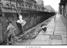 """-Online Browsing-: Henri Cartier - Bresson: """"Eye of the Century"""" (part 2) The Berlin Wall, 1962"""