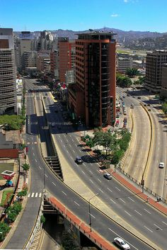 Caracas Tranquila by AgusValenz, via Flickr