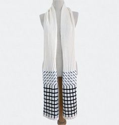 E.S squares white & black  scarf theknitgeekproject.com ©Valentine Ebner Leg Warmers, Squares, Legs, Knitting, Black, Fashion, Tricot, Leg Warmers Outfit, Moda