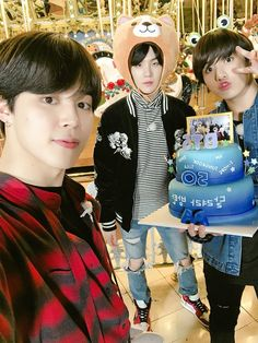 Jimin x yoongi x jungkook Taehyung, Kim Namjoon, Jimin Jungkook, Bts Bangtan Boy, Yoongi Bts, Bts Jin, Suga Rap, Jikook, Bts 2018