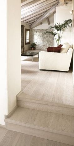 The neutral color with a splash of red Living Room Flooring, Home Living Room, Interior Design Living Room, Home Furnishings, Bedroom Decor, New Homes, House Design, House Styles, Home Decor