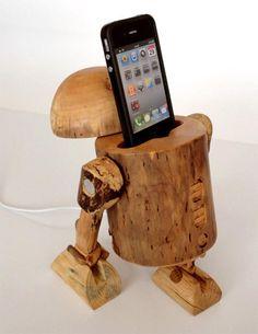 R2-D2 Wooden iPhone Dock