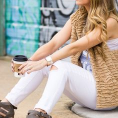 Obsessed with this trendy look by @natalie_keinan.