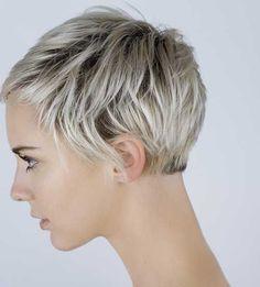 11.Kurze Geschichteten Haarschnitt