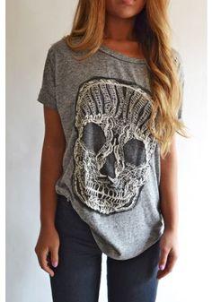 Skull T... <3 it!