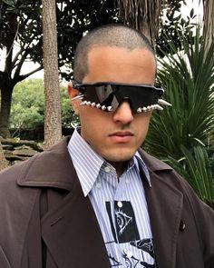 lucasviegaswk Oakley Radar Ev, Sunnies, Mens Sunglasses, Tech, Instagram, Fashion, Magnifying Glass, Strawberry Fruit, Moda
