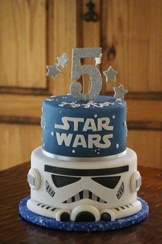 creative image of Star Wars birthday cake ideas - cake # . creative image of Star Wars birthday cake ideas Star Wars Birthday Cake, Themed Birthday Cakes, Star Wars Party, Birthday Cake Toppers, Themed Cakes, 7th Birthday, Birthday Cupcakes, Star Wars Cake Decorations, Bolo Star Wars