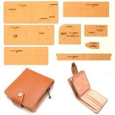 レザークラフト 硬質紙製 型紙 革 財布 バッグ カバン 説明シート付き (二つ折りコインジッパー) Diy Leather Projects, Leather Craft, Leather Tutorial, Leather Wallet Pattern, Leather Stamps, Leather Working, Travel Bag, Bag Making, Zip Around Wallet