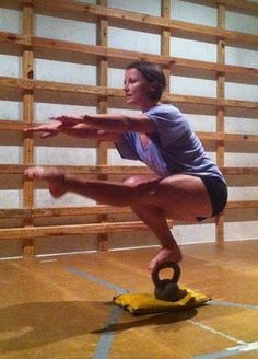 Woot this is CRAZY!!! Kettlebell pistol squat