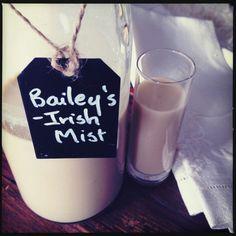 Homemade Irish Cream Liqueur - Twyla Campbell Homemade Baileys, Homemade Irish Cream, Baileys Irish Cream, Drinks Alcohol Recipes, Alcoholic Drinks, Half And Half Cream, Jameson Irish Whiskey, Cream Liqueur, Malt Whisky