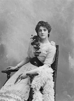 Heroes, Heroines, and History: Clara Ward, Michigan's Million Dollar Princess