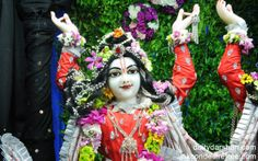 To view Nitai Close Up Wallpaper of ISKCON Chowpatty in difference sizes visit - http://harekrishnawallpapers.com/sri-nitai-close-up-wallpaper-003/