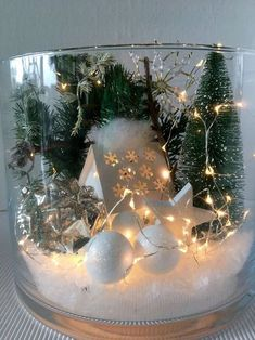 Glas Winterlandschaft beleuchtet XL Glass winter landscape illuminated XL by simply beautiful . Christmas Lanterns, Christmas Centerpieces, Christmas Ornaments, Christmas Wreaths, Diy Wedding Decorations, Xmas Decorations, Simple Christmas, Christmas Holidays, Etsy Christmas