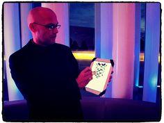 http://www.fred-ericksen.com/prestation-entreprises-magicien-mentaliste/magicien-ipad-magicien-android-magicien-iphone/