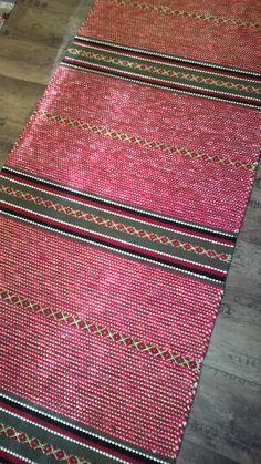 Räsymatot - Mattopuoti Scandinavian Style, Pattern Design, Bohemian Rug, Tyger, Recycling, Weaving, Textiles, Rag Rugs, Crochet Afghans