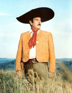 Antonio Aguilar Mexican People, Mexican Men, Mexican Outfit, Mexican Dresses, Traditional Mexican Dress, Westerns, Famous Mexican, Mexico Art, Crossfit Women