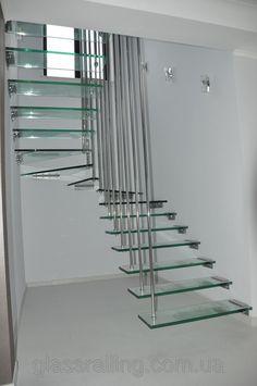 Glass stairs Консольная стеклянная лестница на нержавеющих вантах