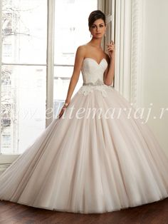 Wedding Dresses Simple, Gorgeous Tulle & Organza Sweetheart Neckline Natural Waistline Ball Gown Wedding Dress, Shop discount wedding dresses and sales. Don't miss out, shop clearance wedding dresses before they're gone! New York Wedding Dresses, Lace Wedding Dress, Sweetheart Wedding Dress, Modest Wedding Dresses, Cheap Wedding Dress, Bridal Dresses, Wedding Gowns, Party Dresses, Cheap Dress