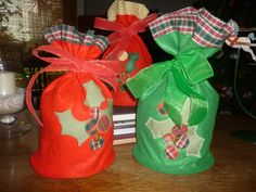 Um modo diferente de presentear panetones no Natal...