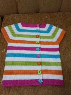 This Pin was discovered by Ayş Knitting For Kids, Baby Knitting Patterns, Knitting Designs, Sewing For Kids, Crochet Designs, Baby Patterns, Baby Pullover, Baby Cardigan, Crochet Cardigan