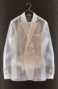 WWW.BelExplores.org ❥❥❥❥❥❥❥❥❥❥❥❥❥❥❥❥❥❥❥❥❥❥❥❥❥❥❥ Have always been mad about silk organza and masculine looking suits designed with sexy extremely feminine fabrics. This one would look GORG with velvet pants and GORG jewelry. 1 Petite Medium please!