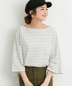 どんな格好したらいいの?[40代ファッション]定番アイテムと着こなし術をご紹介♪ | キナリノ Autumn Winter Fashion, Fall Winter, Bell Sleeves, Bell Sleeve Top, Japan Fashion, Fasion, Pattern, How To Wear, Japan Style