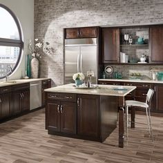 Did you know that there's porcelain tile that looks like wood and comes in a…
