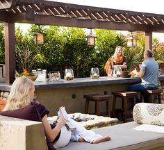 great outdoor bar!