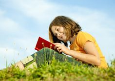 Avoid the Summer Slide With These Fun Summer Reading Ideas Learning Centers, Student Learning, Classroom Solutions, Classroom Ideas, After School Tutoring, Interactive Websites, End Of Year Activities, Literacy Programs, Dilema