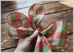 Christmas Bow You Can Make Yourself! Step by Step Tutorial. Christmas Bow You Can Make Yourself! Step by Step Tutorial. Christmas Tree Bows, Christmas Ornament Wreath, Christmas Decorations To Make, Christmas Time, Christmas Crafts, Holiday Decor, Purple Christmas, Christmas Ideas, Holiday Ideas