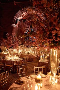 Luxurious ballroom wedding reception; Photo: Cava Weddings
