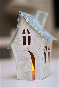 Box Houses, Putz Houses, Paper Houses, Christmas Villages, Christmas Home, Cardboard Box Crafts, Paper Crafts, Pinterest Christmas Crafts, House Template