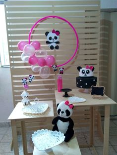 Bolo Panda, Panda Birthday Party, Diy And Crafts, Cake, Birthday Party Ideas, Ideas Party, Panda Themed Party, Best Birthday Cakes, Theme Parties