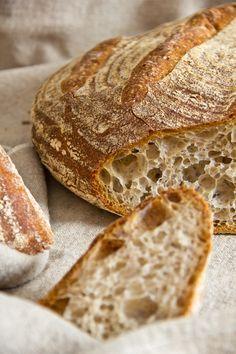 Grobporig, elastisch und sehr aromatisch: Pane Maggiore