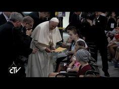 """Papa en hospital infantil de Cracovia: """"Me gustaría estar al lado de cada niño enfermo... Y rezar"""" - ROME REPORTS"""
